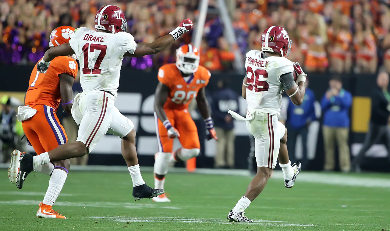 One of the gutsiest plays of the game was Alabama's onside kick in the second half, which Marlon Humphrey (far right) fielded with ease to give the Crimson Tide some much needed momentum.