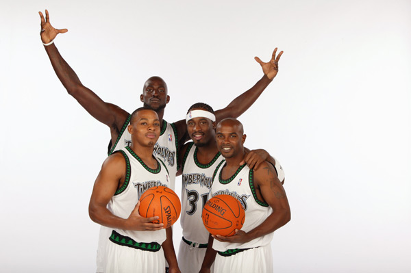 Randy Foye, Kevin Garnett, Ricky Davis  and Mike James (2006) :: Getty Images