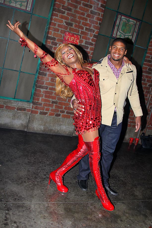 "Michael Sam with Billy Porter (as ""Lola""), backstage at the hit musical ""Kinky Boots."""
