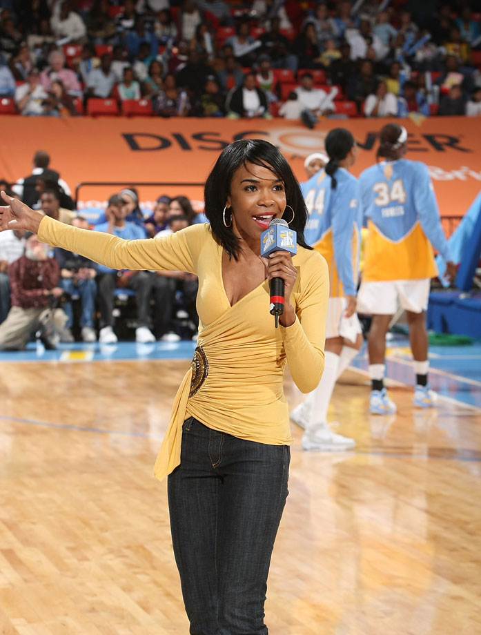 Michelle Williams, along with her former Destiny's Child manager Matthew Knowles (Beyonce's father), became minority owners of the WNBA's Chicago Sky back in 2006.