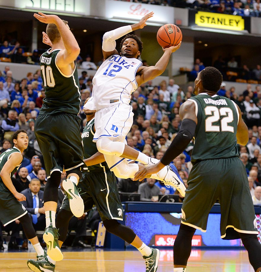Justise Winslow of Duke flies to the hoop against Michigan.
