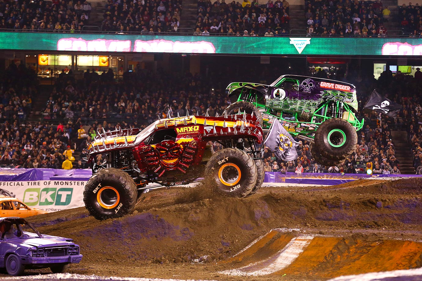 Max-D edges out Grave Digger to win the Monster Jam event in Anaheim.