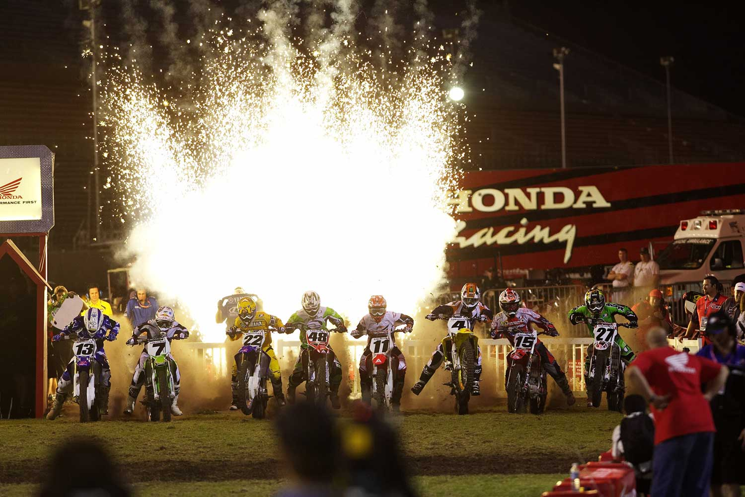 James 'Bubba' Stewart, Ricky Carmichael and other riders get ready at the starting line in Daytona Beach, FL.
