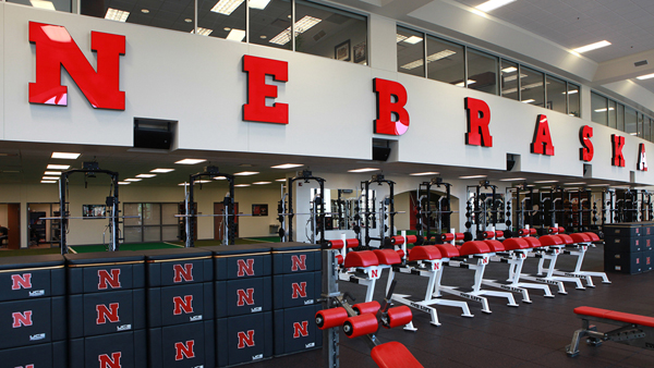 Located on the north side of the Huskers' famed Memorial Stadium in the Tom and Nancy Osborne Athletic Complex, the Suh Center provides the school's athletes with a 55-yard-long and 15-yard-wide open space to train.