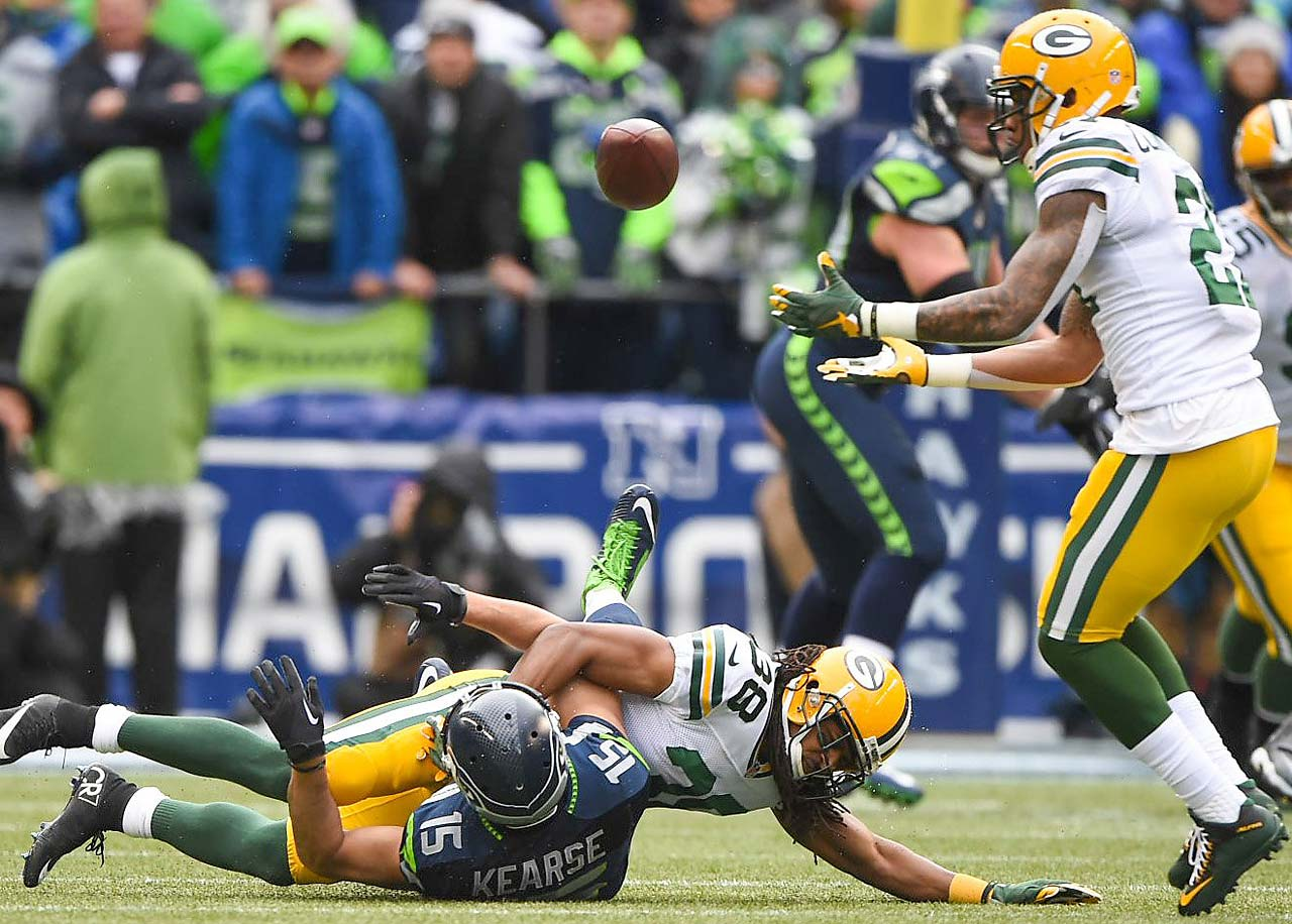 Ha Ha Clinton-Dix had two interceptions, including this one after the ball bounced off Jermaine Kearse.