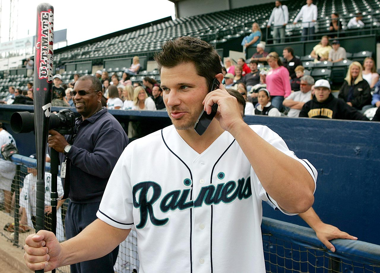 An avid sports fan, Lachey bought one third of the Tacoma Rainiers, the Triple-A affiliate of the Seattle Mariners, in 2006. Lachey had unsuccessfully attempted to become a part owner of his hometown Cincinnati Reds a few years prior.