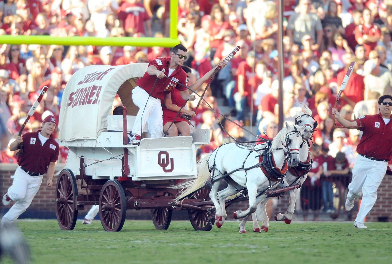 #15: Oklahoma's Sooner Schooner — Acclaimed Western director John Ford probably watches this every week from heaven. After all, it's a covered wagon riding around on a football field.