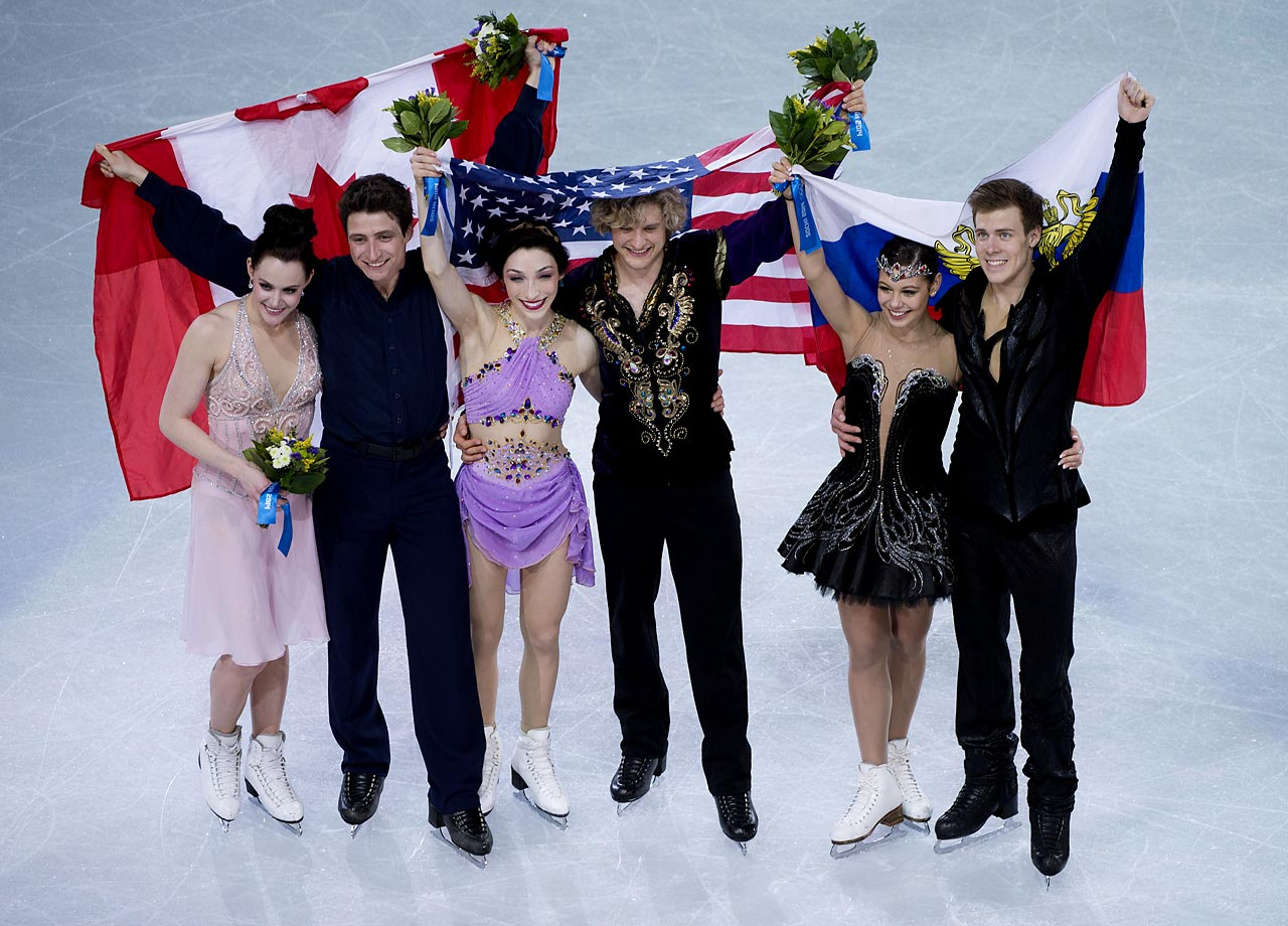 Davis and White together with Tessa Virtue and Scott Moir of Canada (silver), and Elena Ilinykh and Nikita Katsalapov of Russia (bronze).