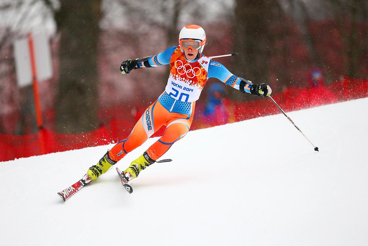 Norwegen Skier Nina Loeseth takes her first run in the alpine skiing women's giant slalom competition.