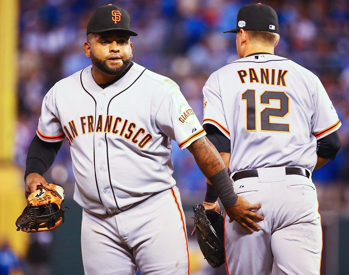 Pablo Sandoval and Joe Panik in Game 1 of the Series.