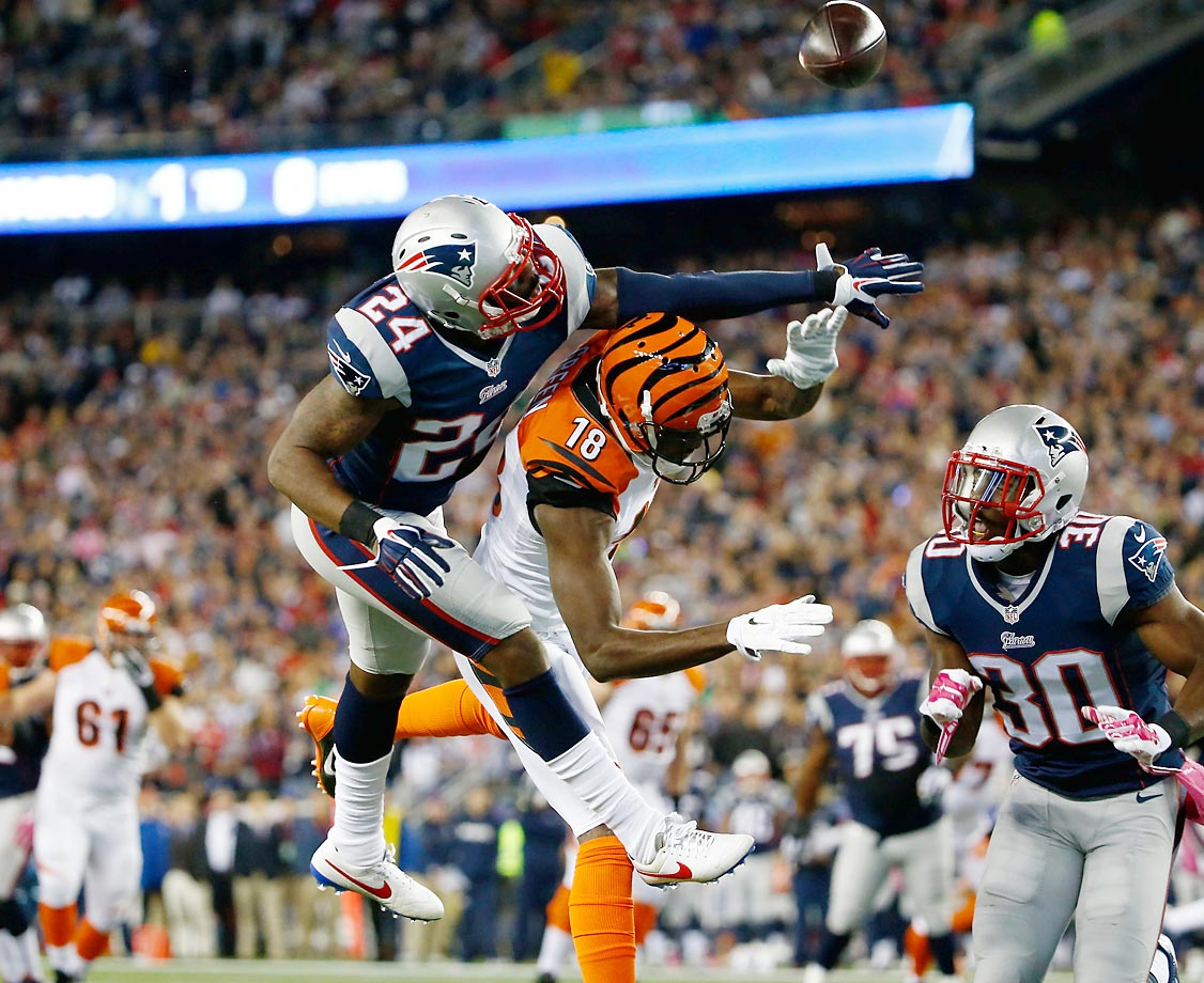 Patriots cornerback Darrelle Revis breaks up a pass intended for Bengals wide receiver A.J. Green. The Patriots won 43-17 at home.
