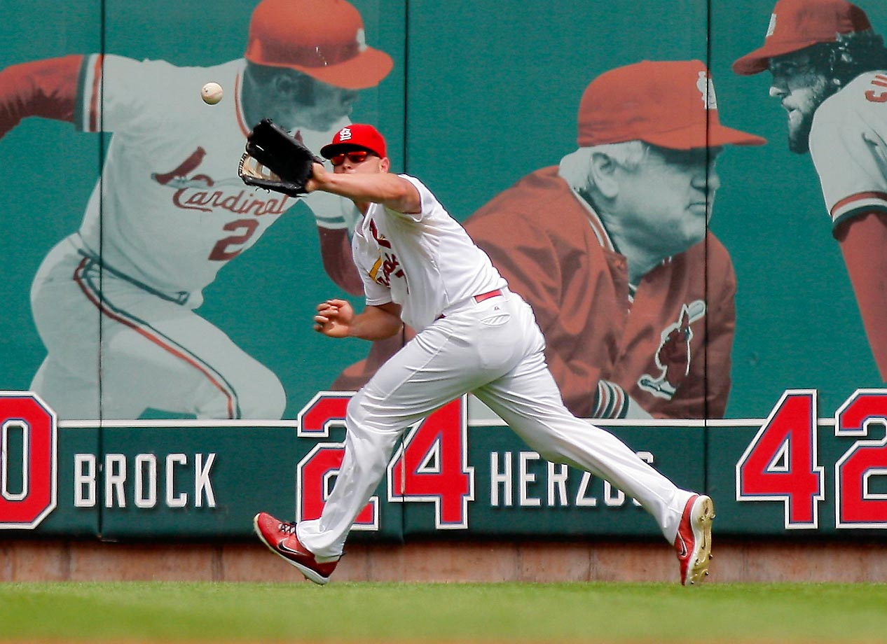 Matt Holliday makes a catch in the first inning of a game against the Pirates.  The Cardinals won 1-0.