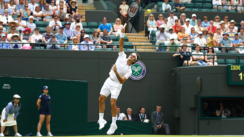 Roger Federer had no problems against Italy's Paolo Lorenzi, winning 6-1, 6-1, 6-3.