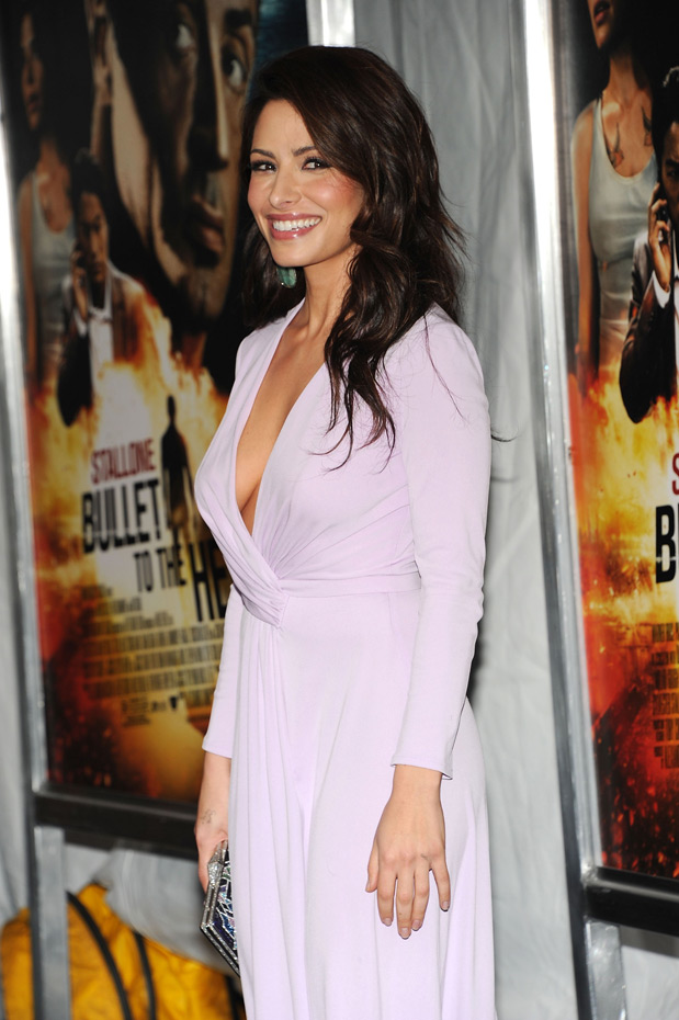 Sarah Shahi :: Getty Images