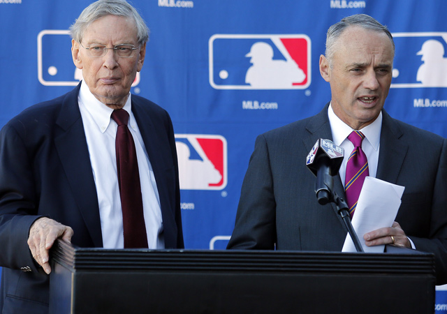 Rob Manfred (right) will take over the role of MLB commissioner from Bud Selig.