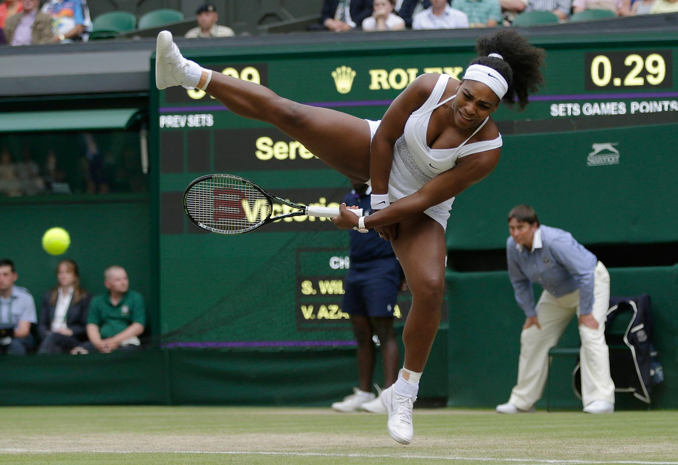 Serena Williams makes a funny return to Victoria Azarenka at Wimbledon.