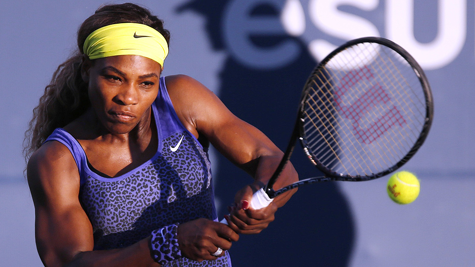 Serena Williams picked up a straight-set victory in her first action since Wimbledon.