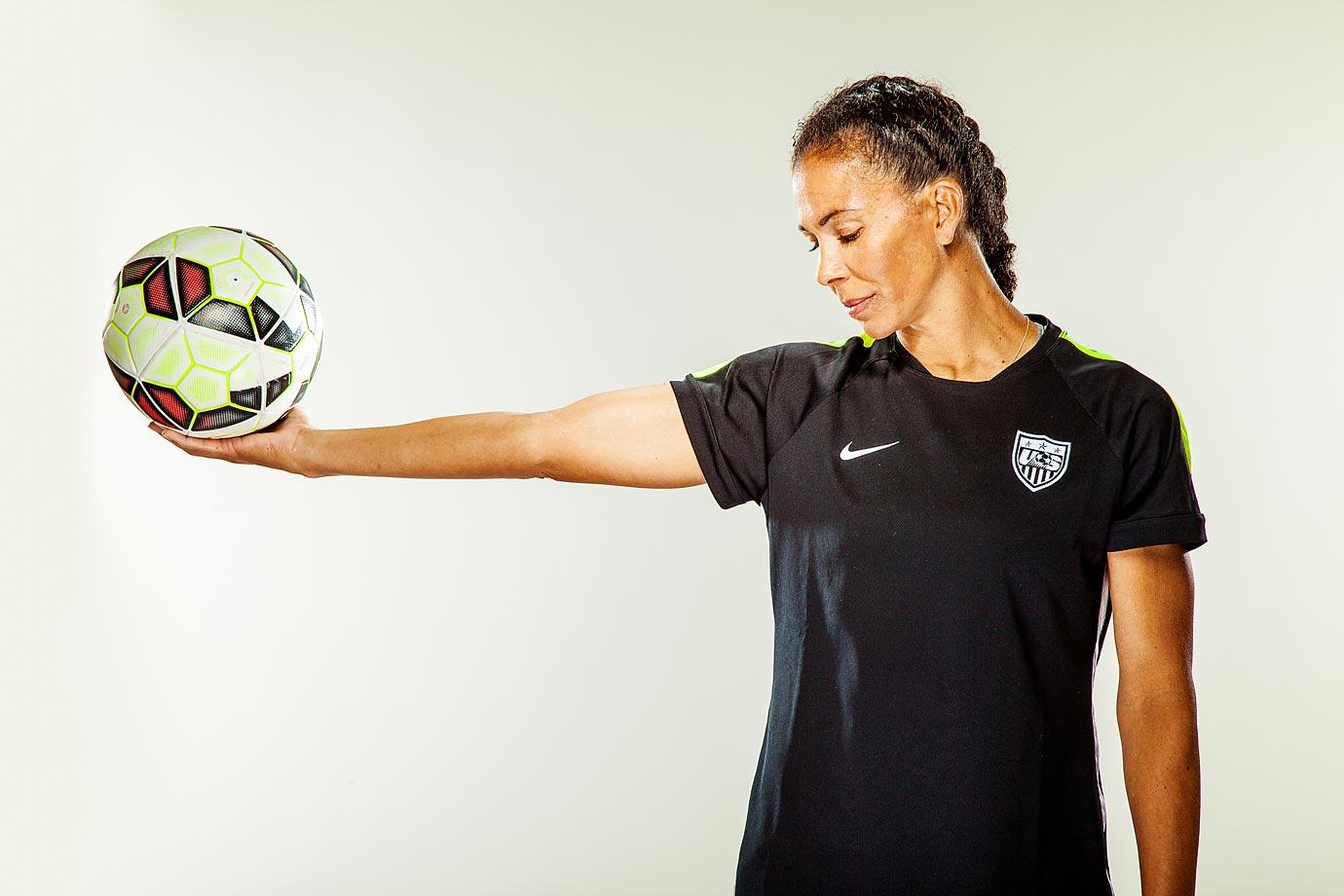 Meet the U.S. Women's World Cup team: Midfielder Shannon Boxx