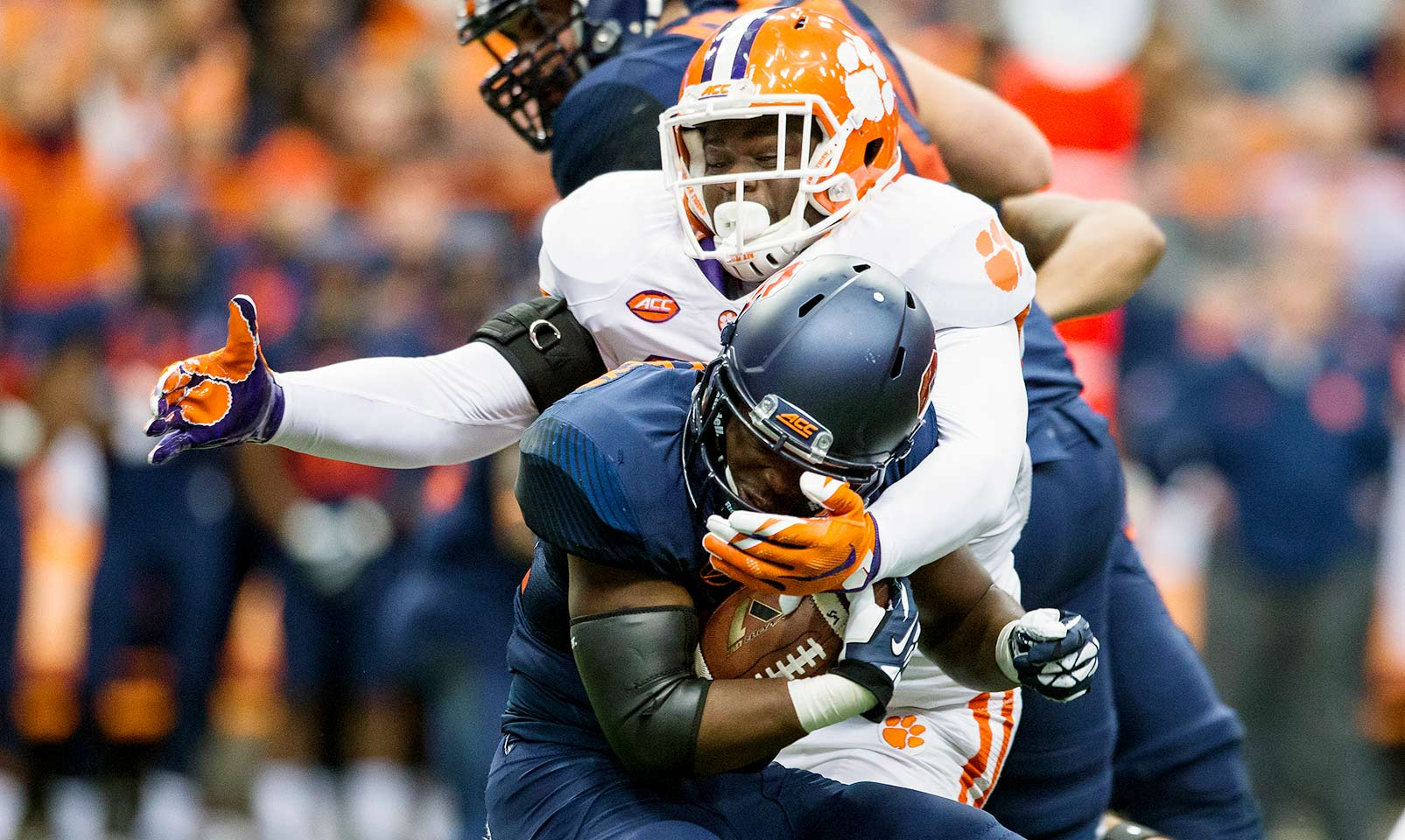 Clemson 37, Syracuse 27: Despite three turnovers that helped the Orange hang around, the Tigers pulled away with 473 yards of offense from Deshaun Watson.