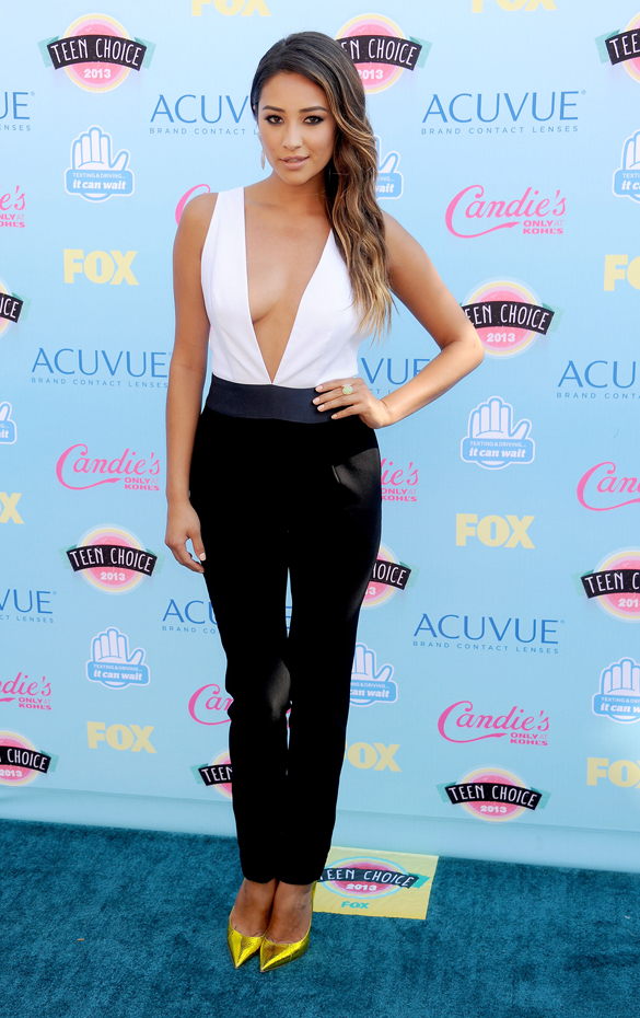 Shay Mitchell :: Getty Images