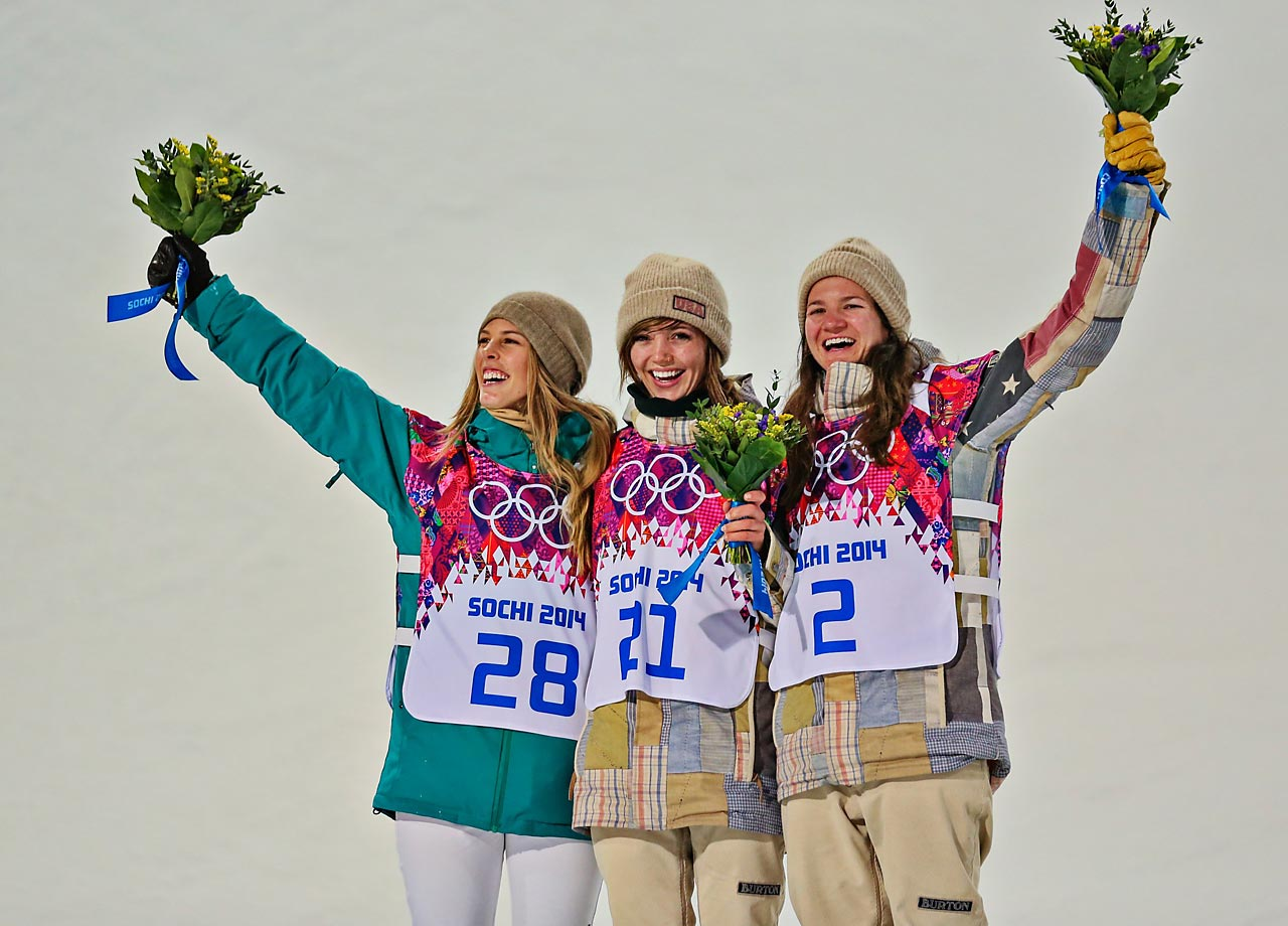 Kaitlyn Farrington won gold, Torah Bright the silver and Kelly Clark the bronze in the Halfpipe.