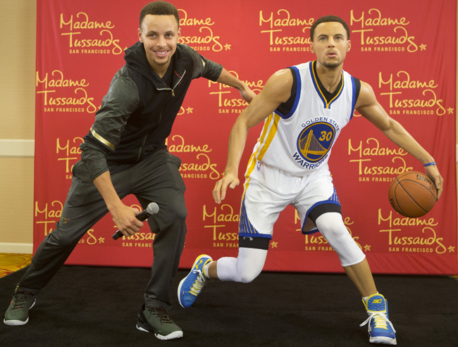 Watch steph curry unveils wax figure of himself si kids for Steph curry new tattoo