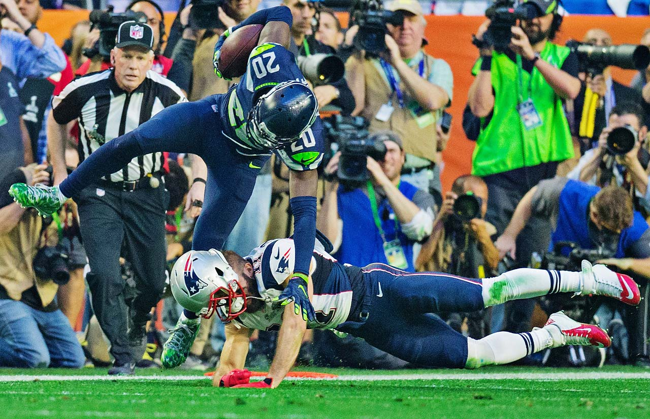 Seattle got a touchdown-saving interception by Jeremy Lane in the first quarter but he left the game after injuring his left forearm on the return.