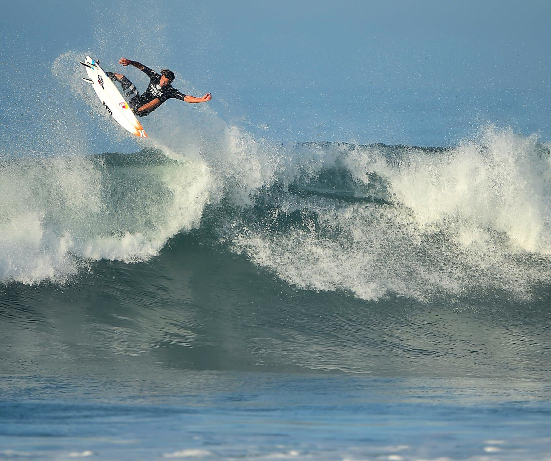 Julian Wilson boosted high but landed hard in a loss to Jordy Smith.