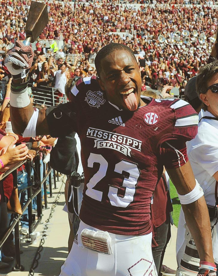 Taveze Calhoun celebrates after the game against Texas A&M.