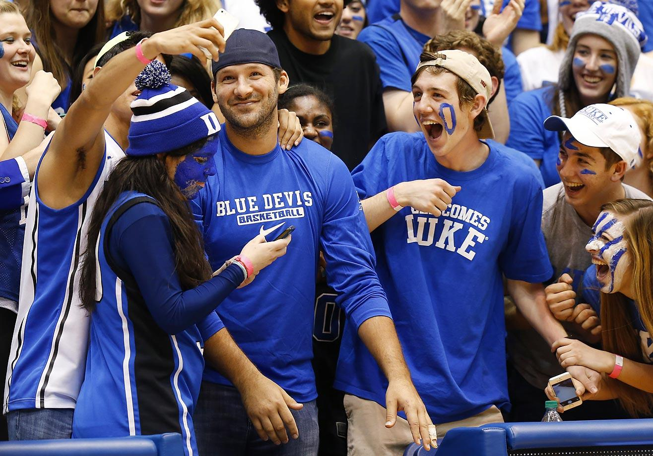 Tony Romo at a Duke game in 2015.