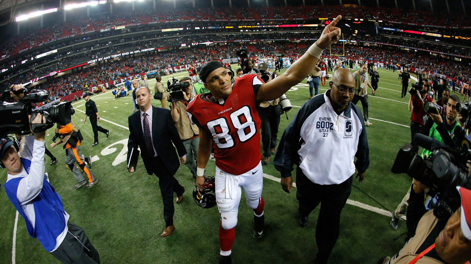 After 17 years in the NFL, Tony Gonzalez hung up his cleats to take on new challenges, including joining the NFL Today crew on CBS this upcoming season.