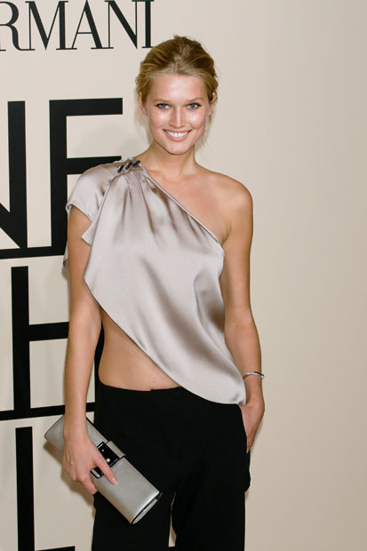 Toni Garrn :: Getty Images