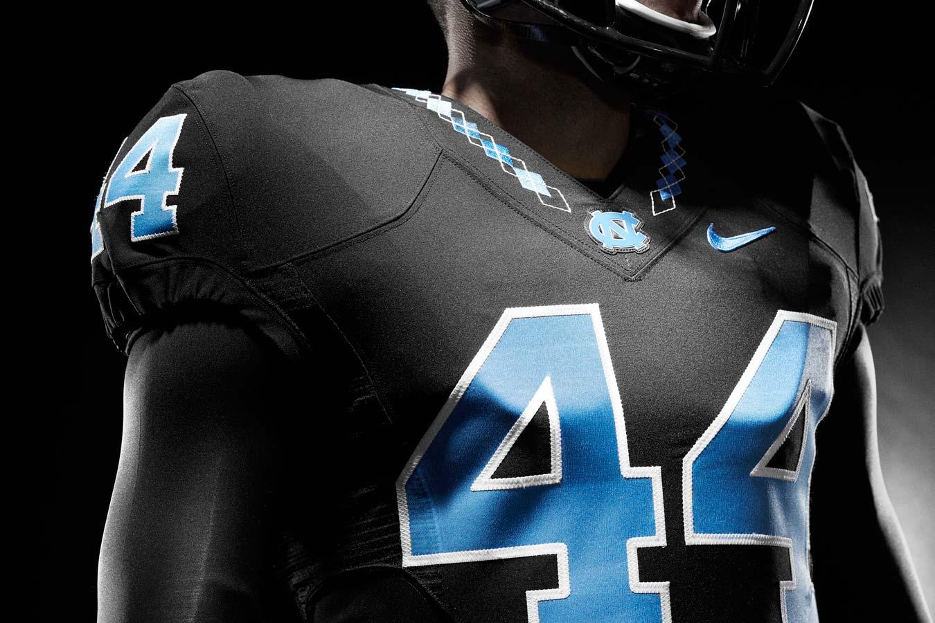 official photos 2e559 31143 North Carolina unveils new football uniforms | SI.com