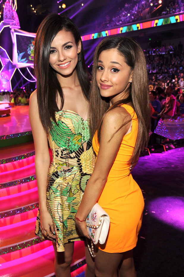 Victoria Justice and Ariana Grande :: Getty Images