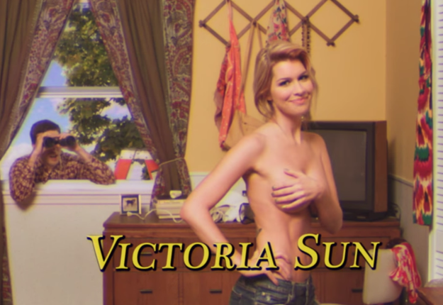 Victoria Sun :: Too Many Cooks