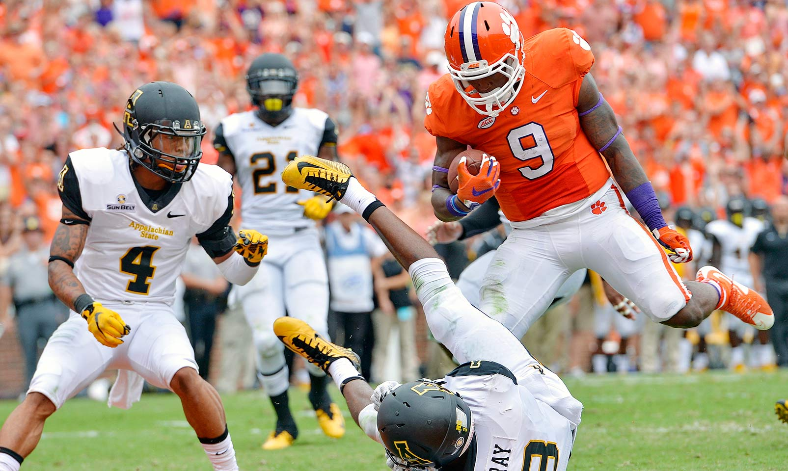 Clemson 41, Appalachian State 10: The Tigers continued to roll through their nonconference schedule with a beatdown of the Mountaineers.