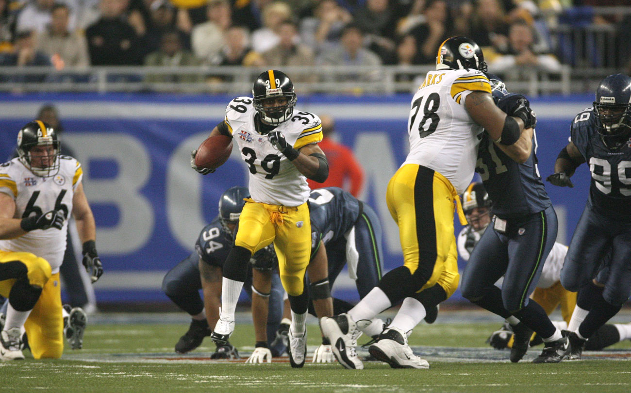 A classic Steelers run play set Parker off on his record touchdown scamper.