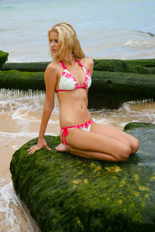 Hot Yasmin Brunet nude photos 2019