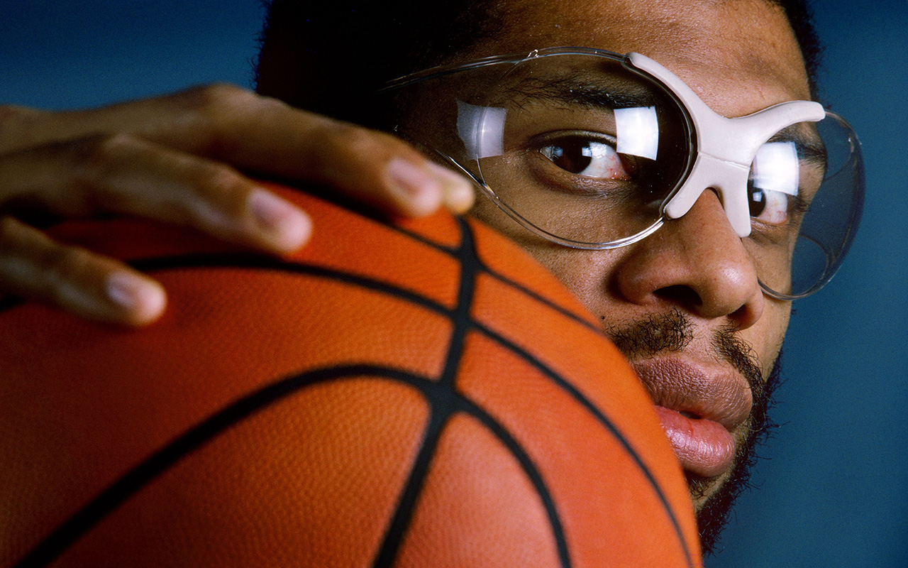16a70a9a97f SI honors Kareem Abdul-Jabbar as Sportsman of the Year | Vault