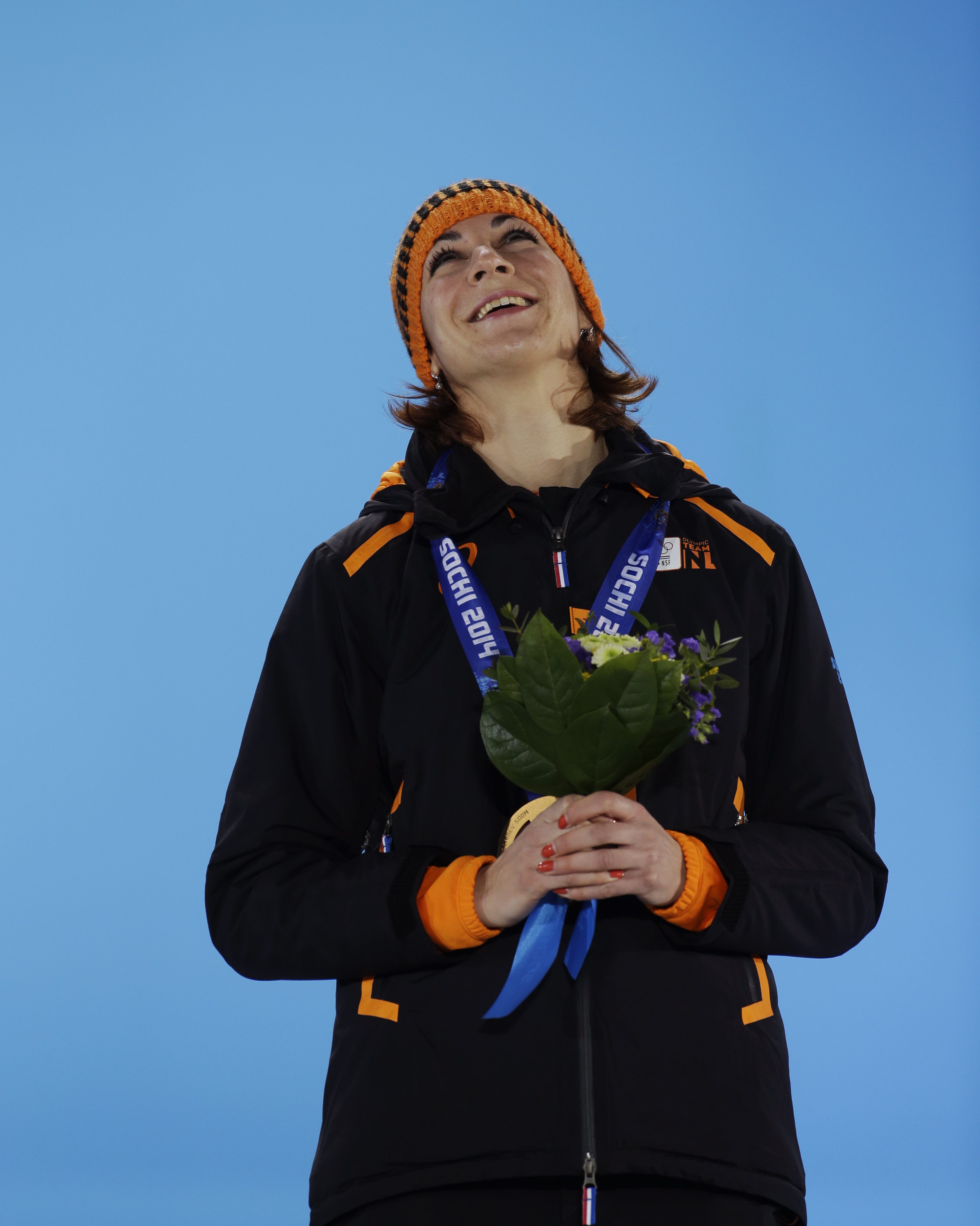 Women's 500-meter speedskating bronze medalist Margot Boer of the Netherlands smiles during the medals ceremony at the 2014 Winter Olympics, Wednesday, Feb. 12, 2014, in Sochi, Russia. (AP Photo/Morry Gash)