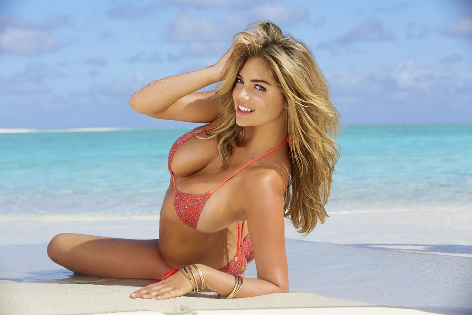Swimsuit: 2014 Issue: Portrait of Kate Upton during photo shoot. ; Rarotonga, Cook Islands 10/29/2013; CREDIT: James Macari; SetNumber: X157130 TK3