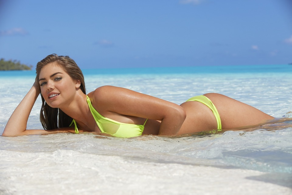 Swimsuit: 2014 Issue: Cook Islands; Kate Upton; Beach/Rarotonga, Cook Islands, New Zealand; 10/29/2013; X157130 TK3; CREDIT: James Macari