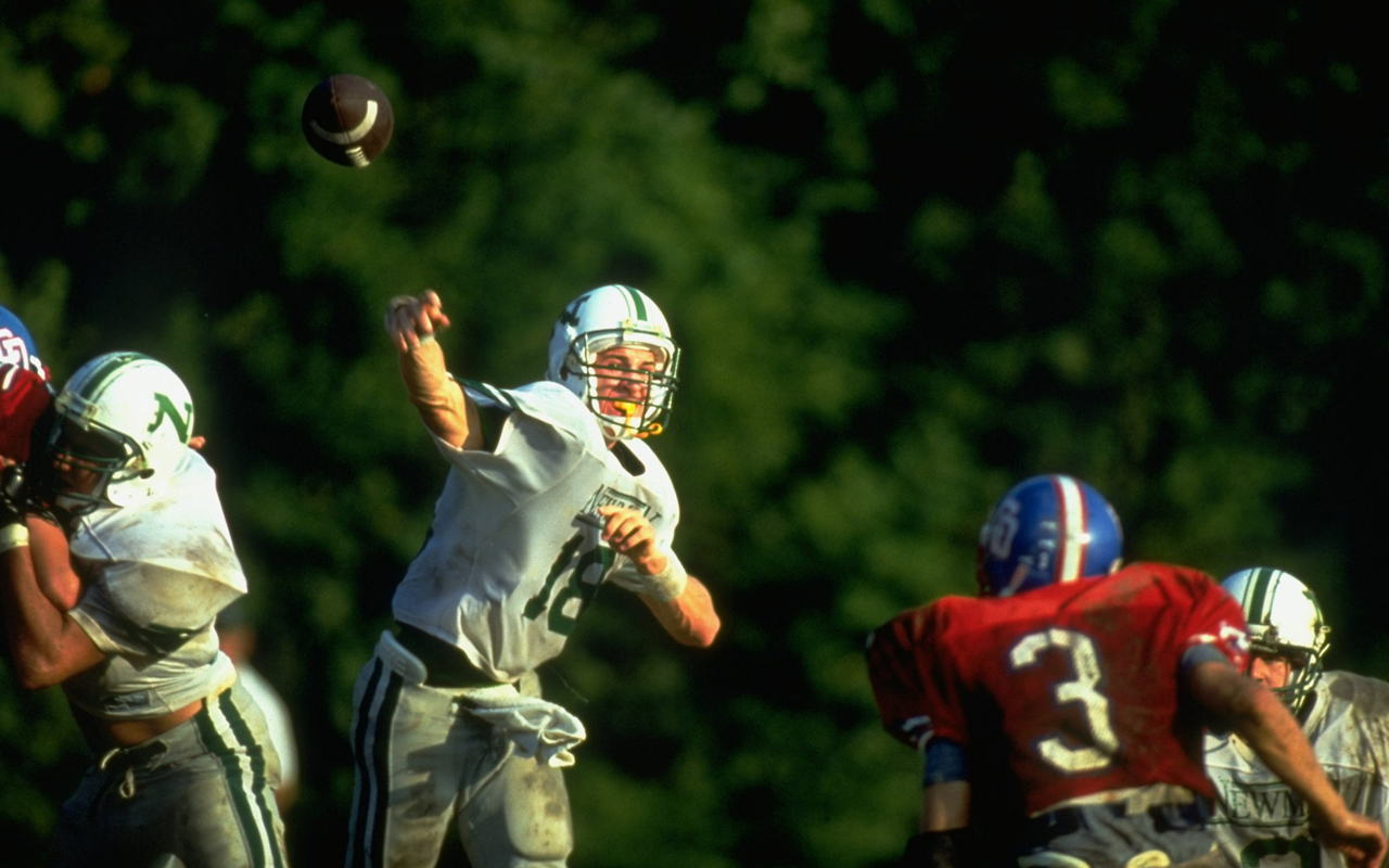 Peyton Manning S Recruitment Follows In Wake Of Father