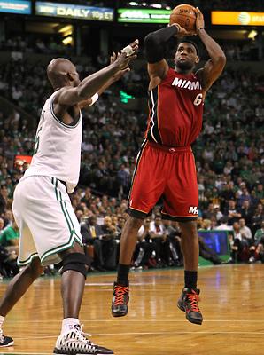 Ian Thomsen: Locked-in LeBron destroys Celtics | SI.com