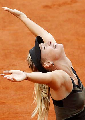 Maria Sharapova will move to No. 1 in the world after the French Open title.