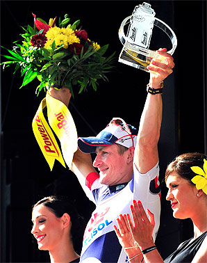 Andre Greipel, who rides for Lotto-Belisol, avoided a late crash and sprinted to his first stage win in this year's Tour.