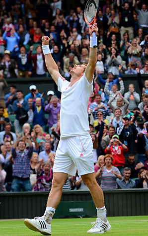 Andy Murray rallied from a set and a break down to hold off David Ferrer of Spain 6-7 (5), 7-6 (6), 6-4, 7-6 (4).