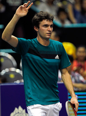 Gilles Simon will meet Richard Gasquet in an all-French final.