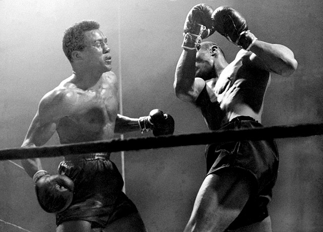 Montgomery and Jack fought four evenly matched bouts in 1943 and 1944, three for the lightweight title, with each going the full distance. Both won two apiece.
