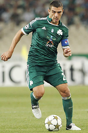 Costas Katsouranis had been with Panathinaikos since 2009.